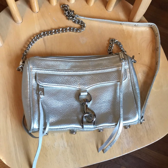 Rebecca Minkoff Handbags - Rebecca Minkoff Silver Purse EUC